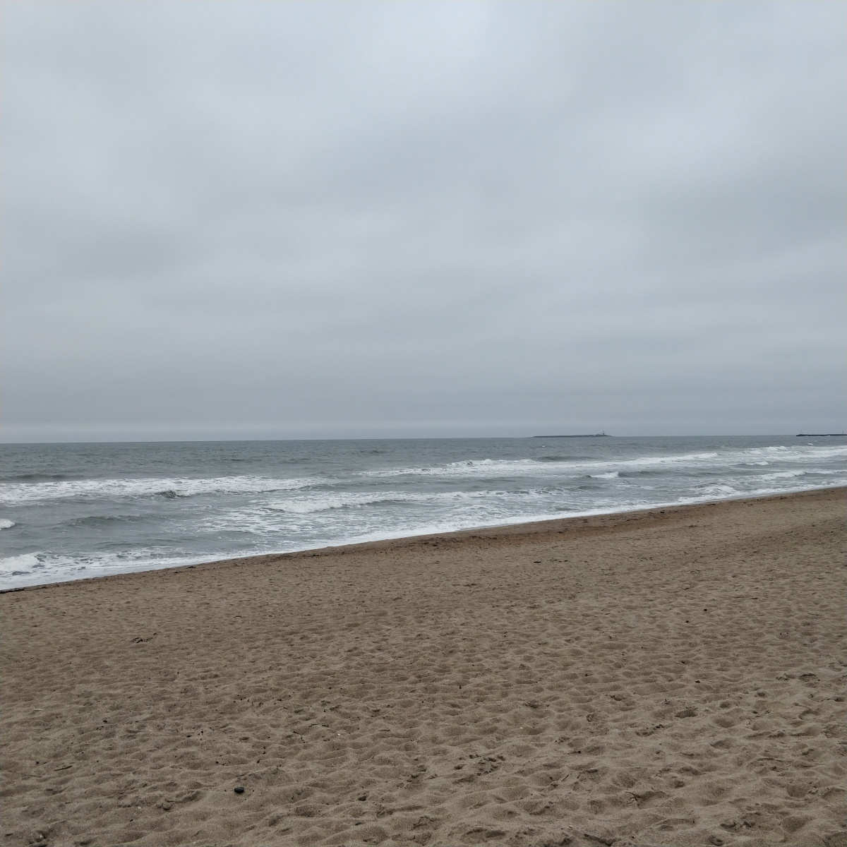 Day 18 – beach yoga, coffee and thinking about birthday cake.